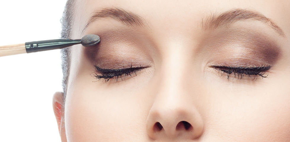 Lidschatten_Kosmetik - © Shutterstock