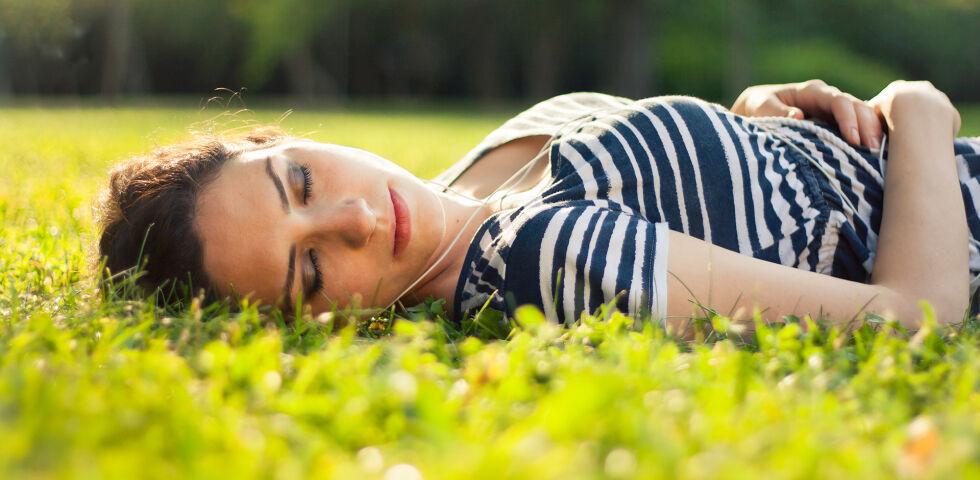 Frühjahr Frühling - Die Frühjahrsmüdigkeit macht vor allem wetterfühligen Menschen zu schaffen. - © Shutterstock