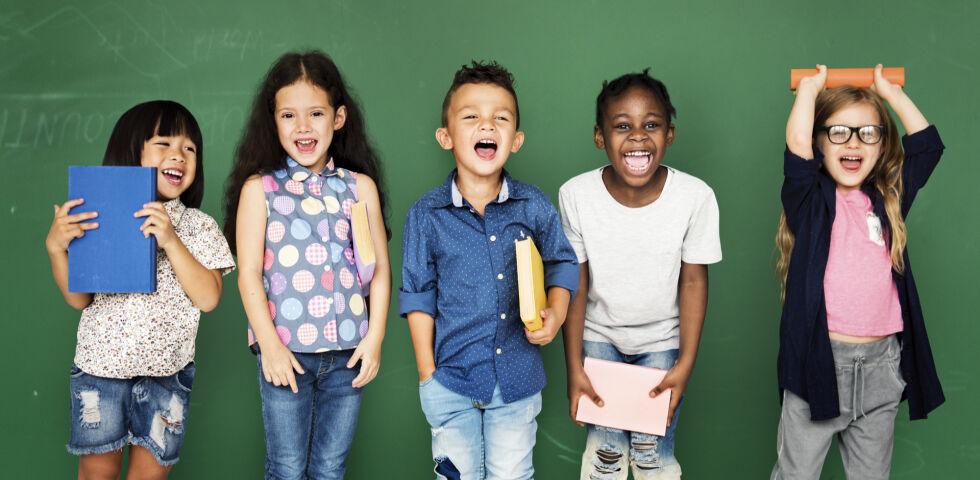 Schule Kinder - © Shutterstock