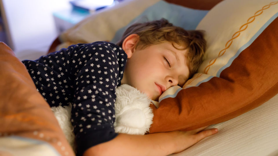 Schlaf Kind - © Shutterstock