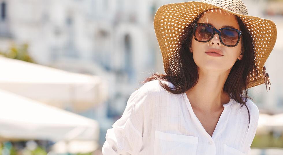 Sonnenschutz Frau - © Shutterstock