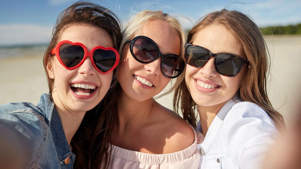 Sonnenschutz Sonnenbrille - Unsere Augen brauchen auch Sonnenschutz. - © Shutterstock