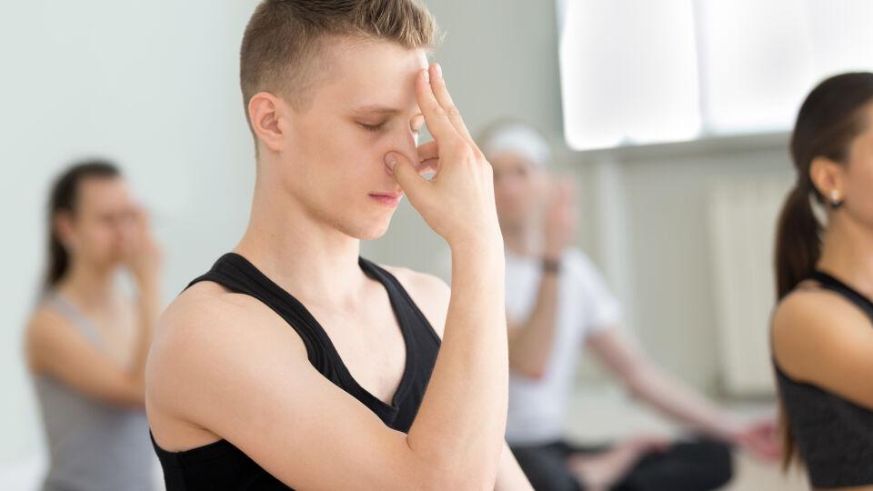 Yoga Atemübungen - © Shutterstock