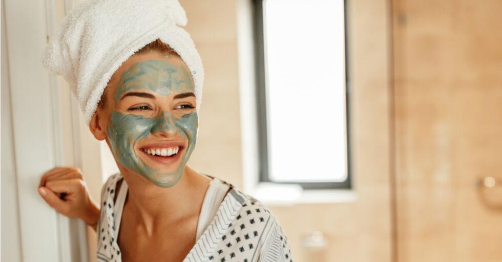 Hautpflege Kosmetik Gesichtsmaske - © Shutterstock