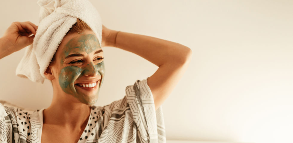 Hautpflege Kosmetik Gesichtsmaske 3 - © Shutterstock