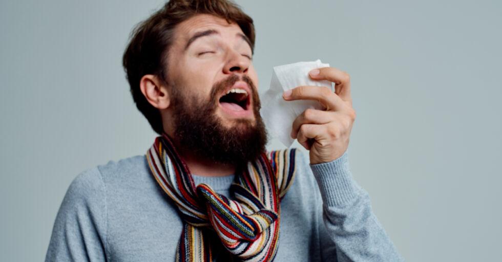 Erkältung niesen - © Shutterstock