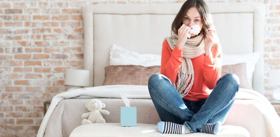 Erkältung Schnupfen - Haaatschiii! Es exisitieren mehr als 200 Schnupfenviren. - © Shutterstock