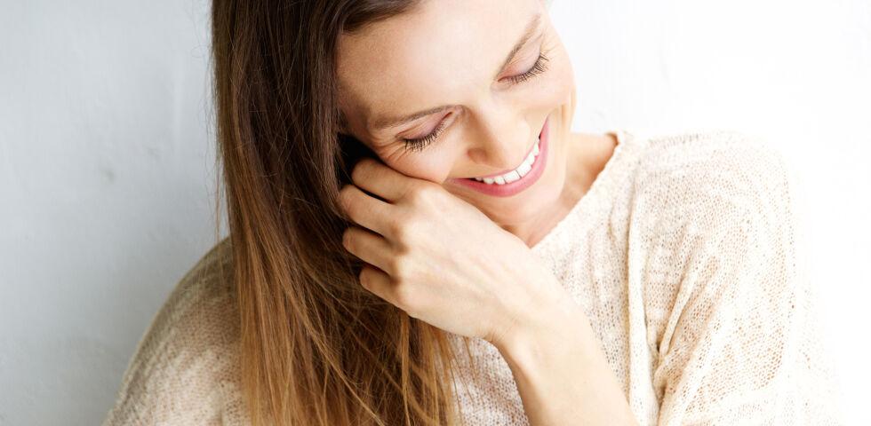 Frau Lachen glücklich - © Shutterstock