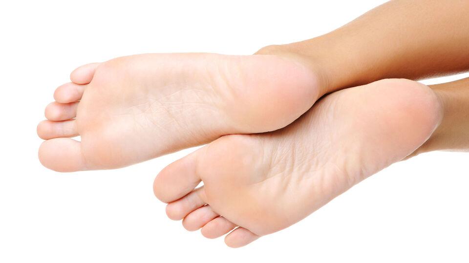 Füße - Man kann einiges gegen Schweißfüße unternehmen. - © Shutterstock