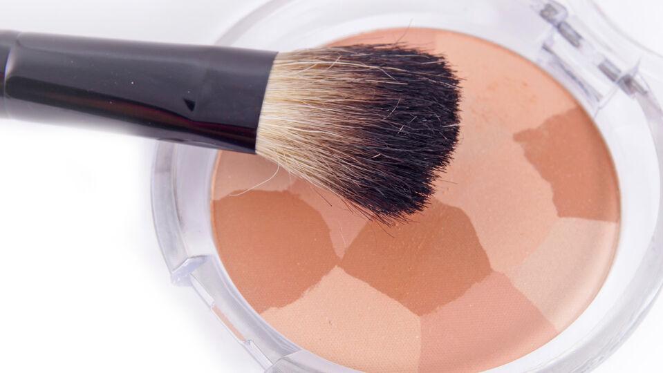 Kosmetik Lidschatten - © Shutterstock