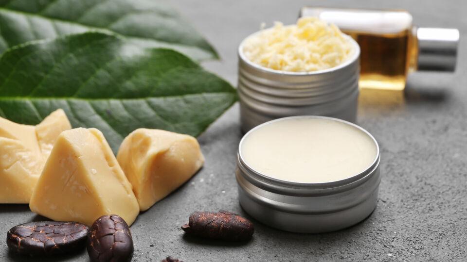 Kakaobutter Kosmetik Hautpflege - Kakaobutter pflegt trockene Haut. - © Shutterstock