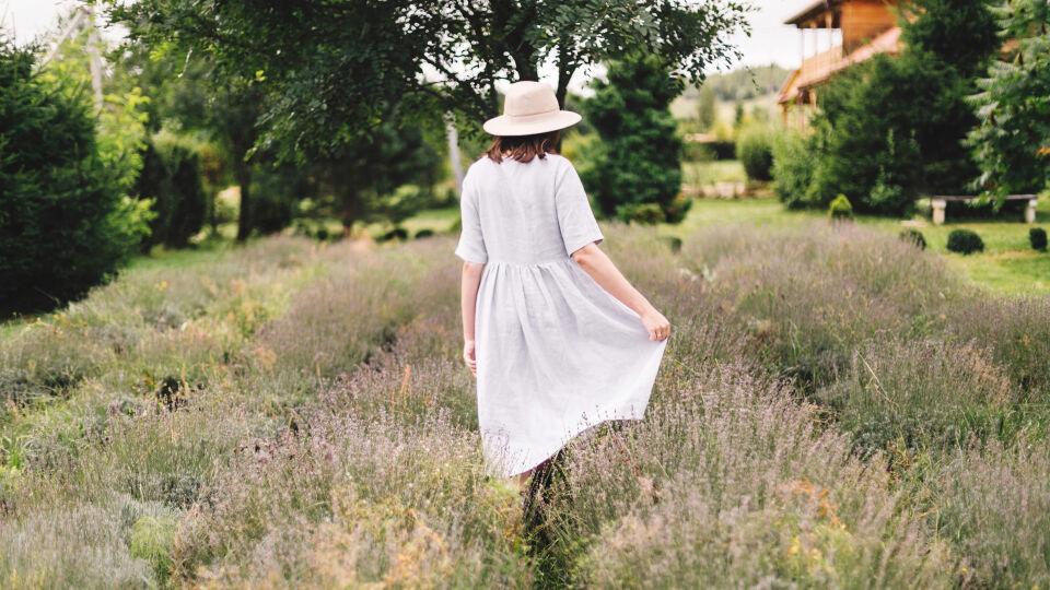Leinenkleid Sommer - © Shutterstock