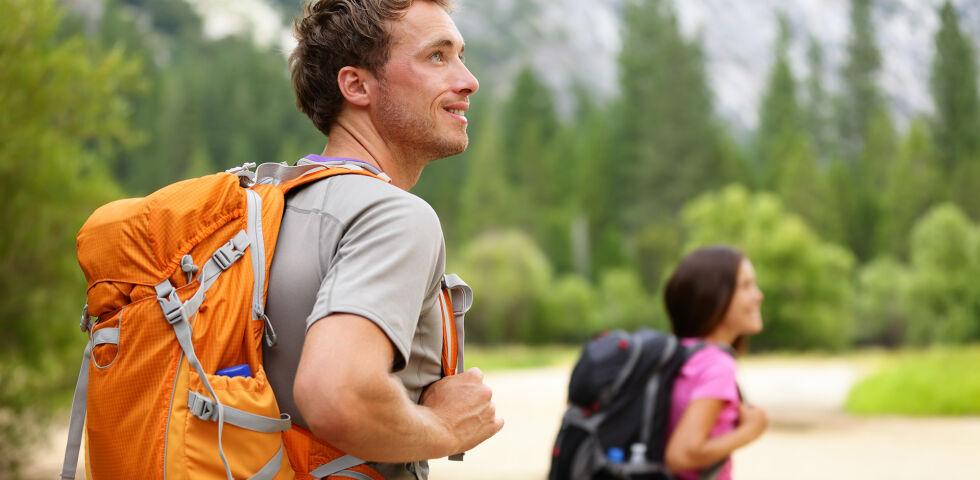 Wandern Natur Bewegung - © Shutterstock