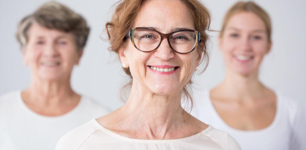 3 Generationen von Frauen - Altern ist ein natürlicher Prozess. Trotzdem kann man an seiner Fitness arbeiten.