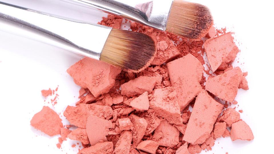 Rouge Kosmetik - © Shutterstock