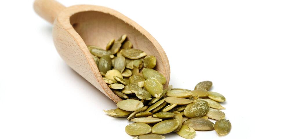 Kürbissamen Heilpflanzen - Für die Behandlung sollte man auf standardisierte Kürbissamen-Extrakte zurückgreifen. - © Shutterstock