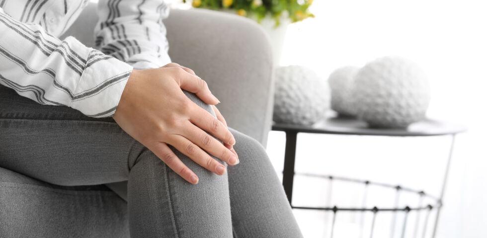 Gelenke Knie - Bei der Therapie von Gelenkserkrankungen können in Absprache mit dem Arzt auch Mikronährstoffe helfen.