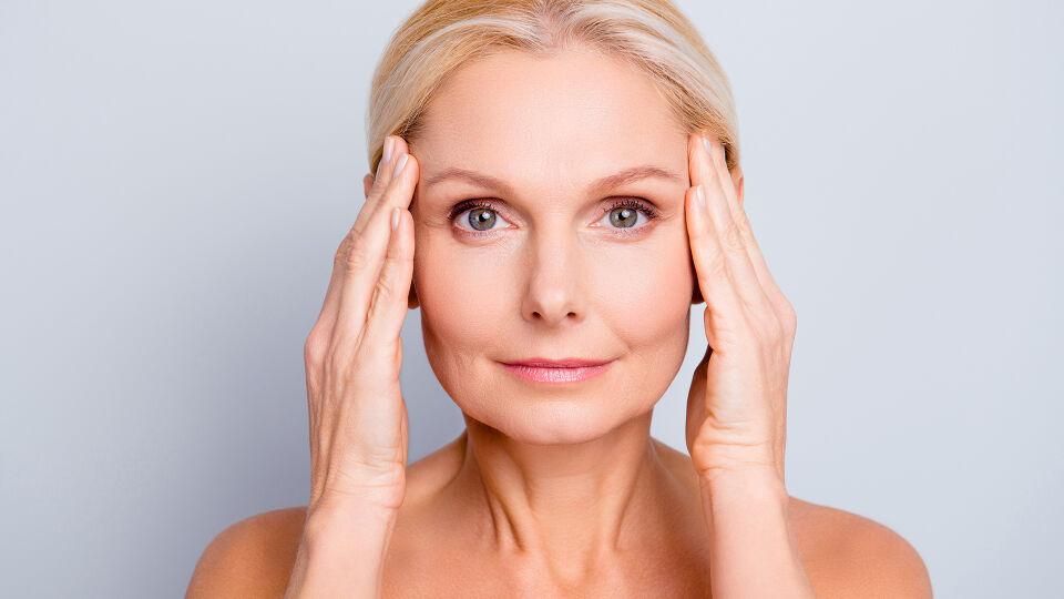 Kosmetik Alter - © Shutterstock
