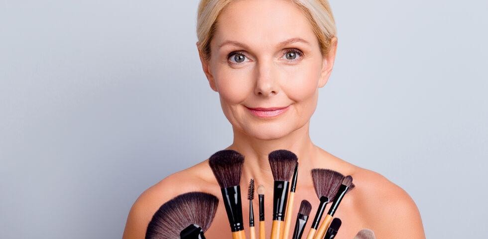 Kosmetik Alter cover - © Shutterstock