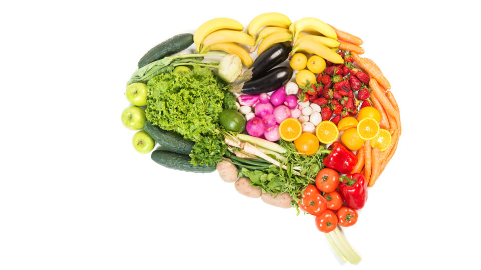 Ernährung Gehirn - Idealerweise landen hauptäschlich frische Zutaten auf dem Speiseplan. - © Shutterstock