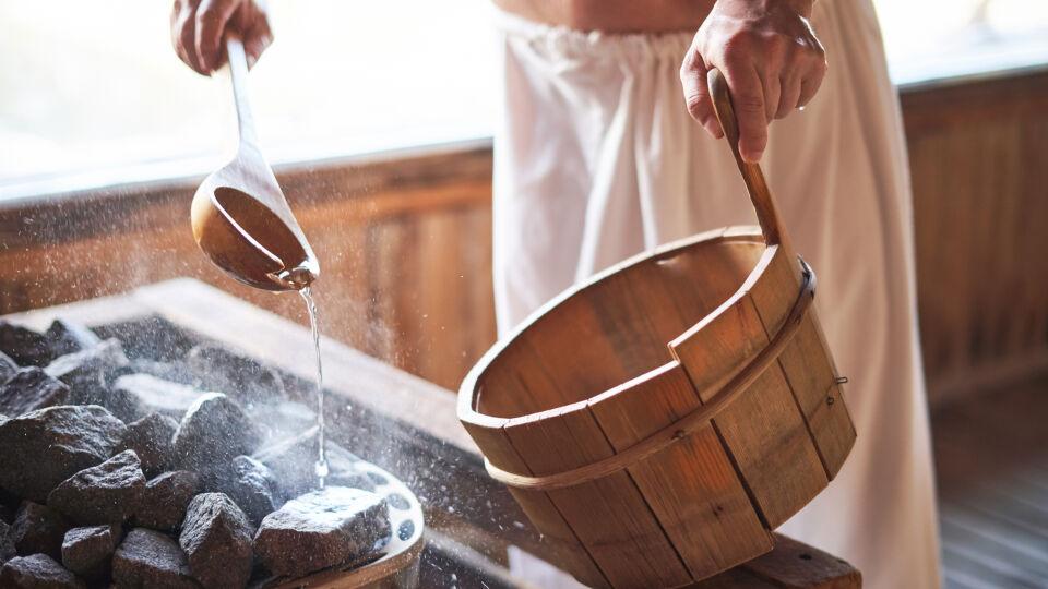 Ätherische Öle_Sauna - Ein Erlebnis für die Sinne: Ätherische Öle in der Sauna.