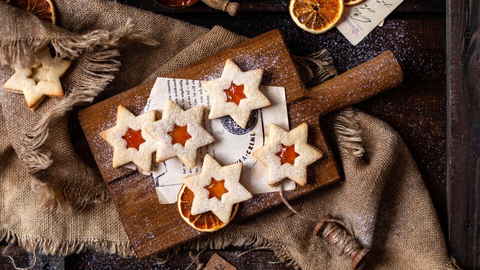 Weihnachtskekse - Besonders aromatisch: Ätherische Öle im Keksteig.
