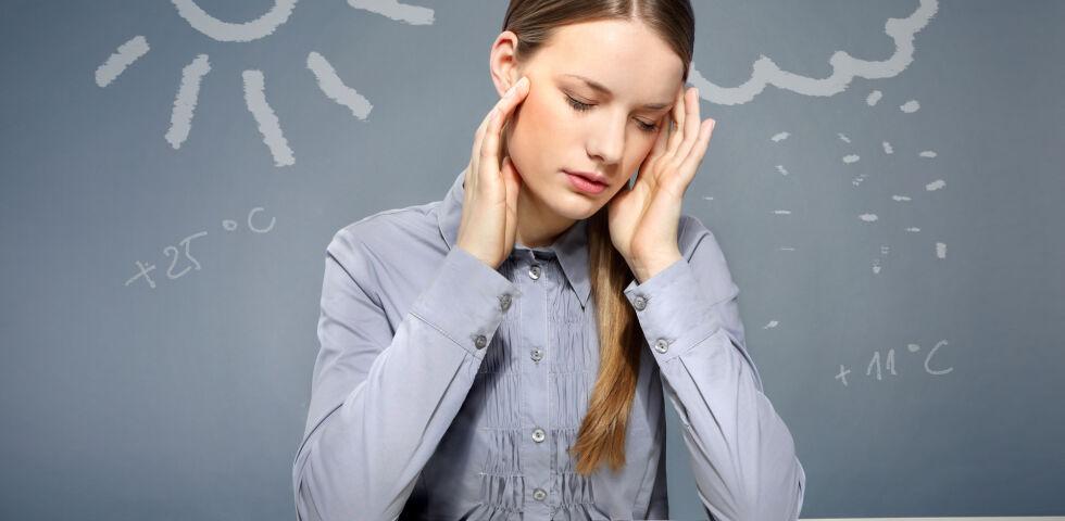 Wetterfühligkeit_shutterstock_145276375 - Kopfschmerzen sind bei wetterfühligen Menschen ein häufiges Phänomen.