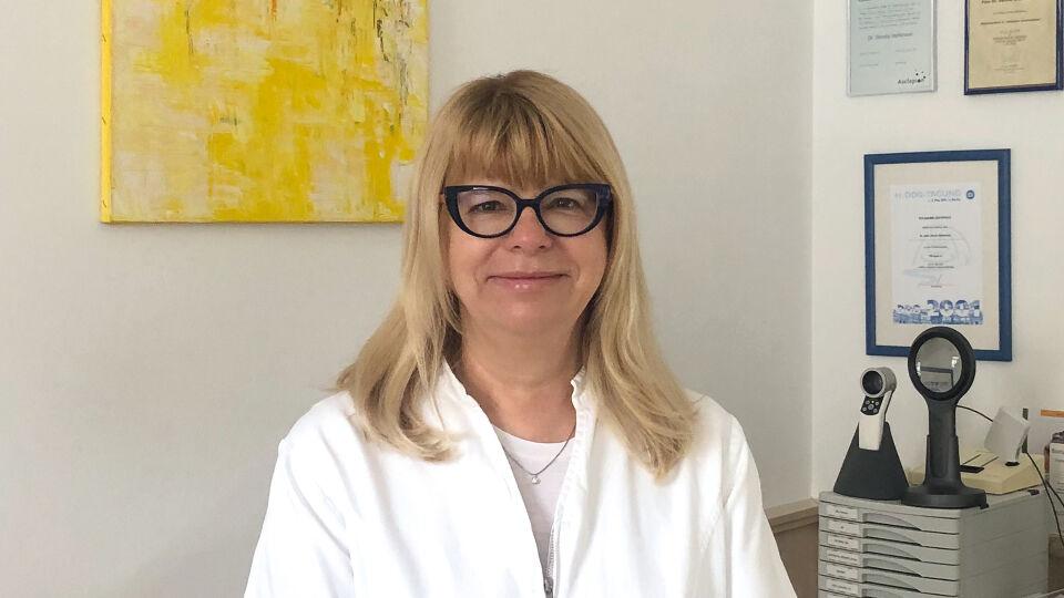 Prim. Dr. Dorota Steffanson_c_A.Chlud - Prim. Dr. Dorota Steffanson ist Fachärztin für Hautkrankheiten und Allergologie in Wien. - © A. Chlud