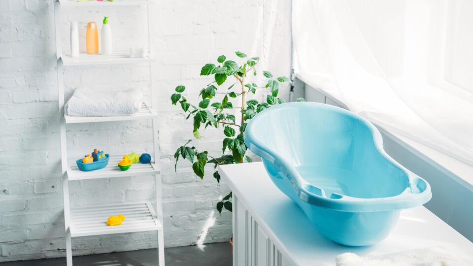 Badewanne für Babys_shutterstock_1127430632