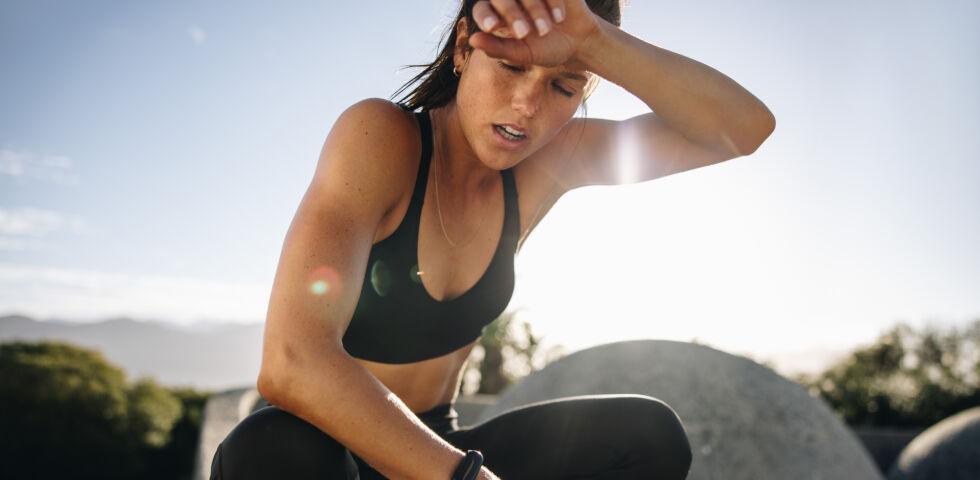 Sport_shutterstock_1890721030 - Zu intensives Training kann die Leistungsfähigkeit mindern.