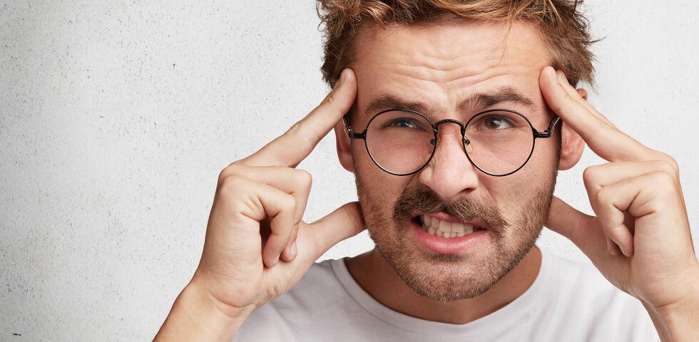 Vergesslichkeit Junger Mann - Nährstoffe gegen Gedächtnislücken? Ja! - © Shutterstock