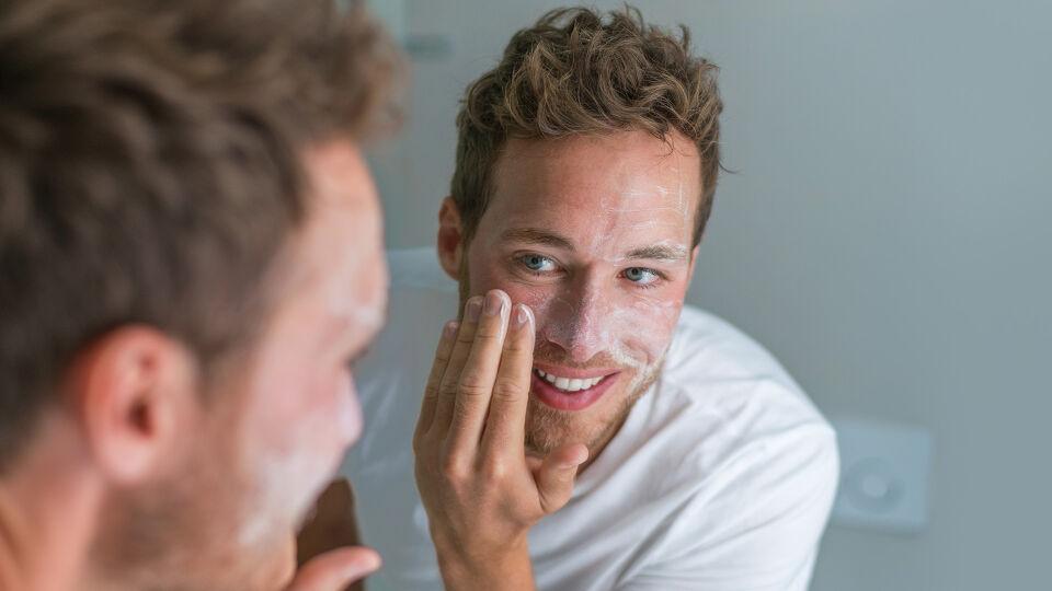 Mann Hautpflege - © Shutterstock